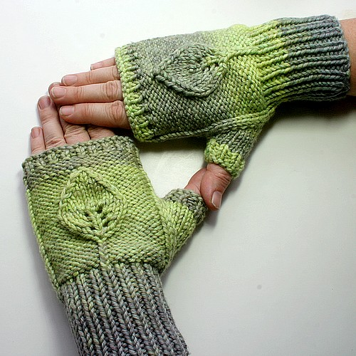 Leafy Mitts1