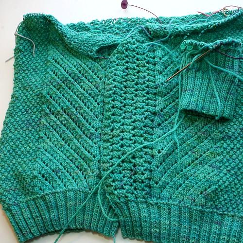 Low stress knitting