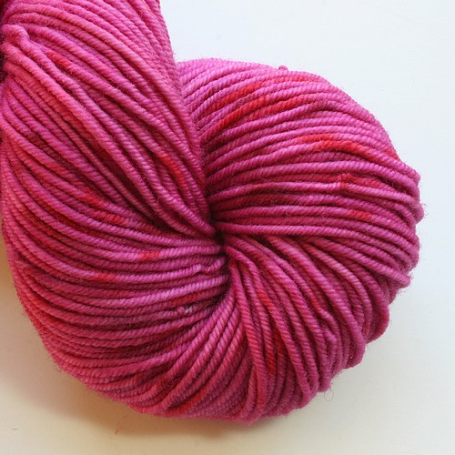 Essential merino worsted blooming heather main