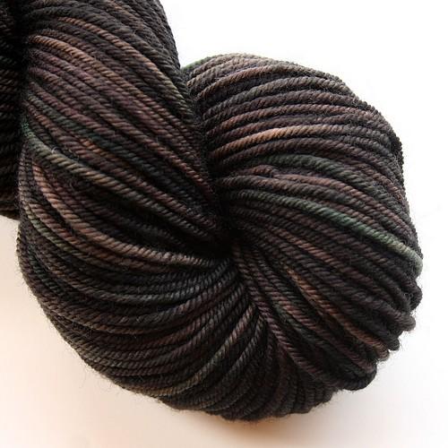 Essential merino worsted black bear main