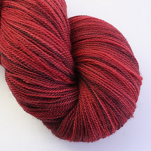 Essential merino lace port main