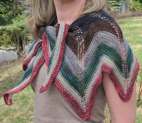 Sampler shawl3