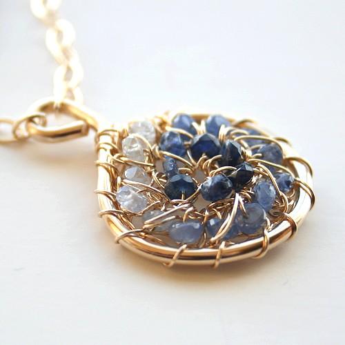 Sapphire_pendant