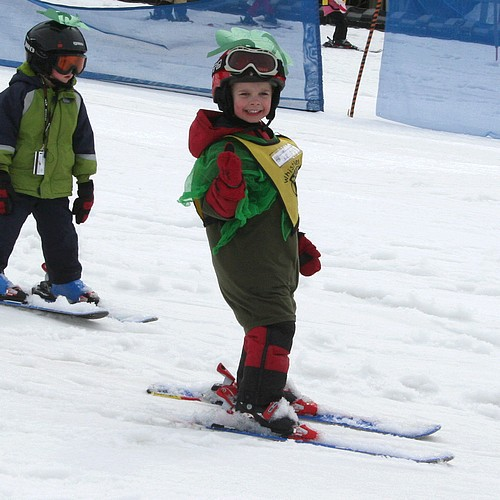 Ski_school_parade